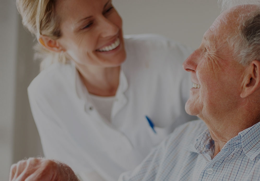 الرعاية والعطاء